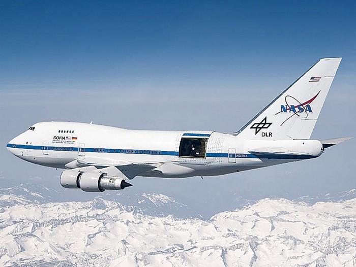 09716-scicon5-plane-pt.jpg