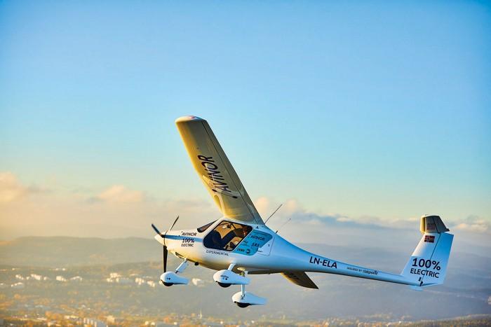 09742-feature2-plane.jpg
