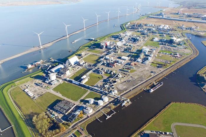 C&En: Trying to make green hydrogen work in Europe.
